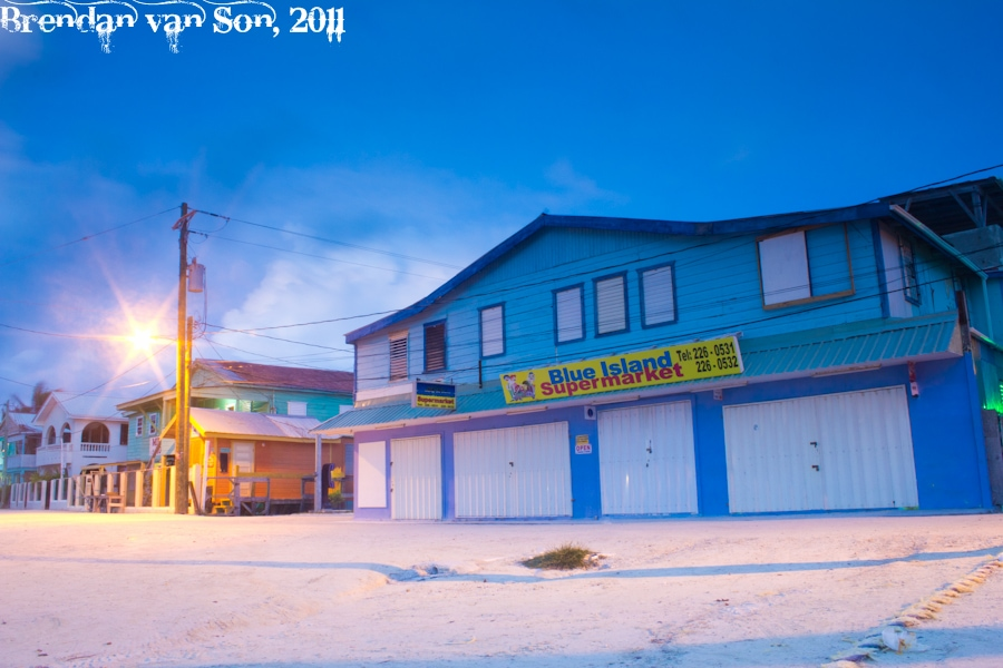 Blue Island Supermarket, Caye Caulker