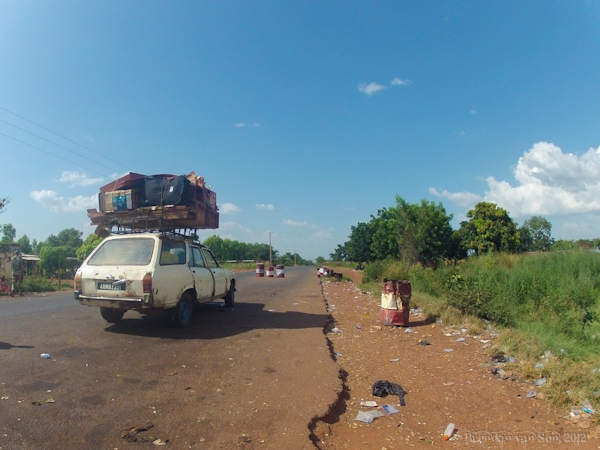 From Cote d'Ivoire to Mali, I Slept in a Parking Lot, sept-place, taxi