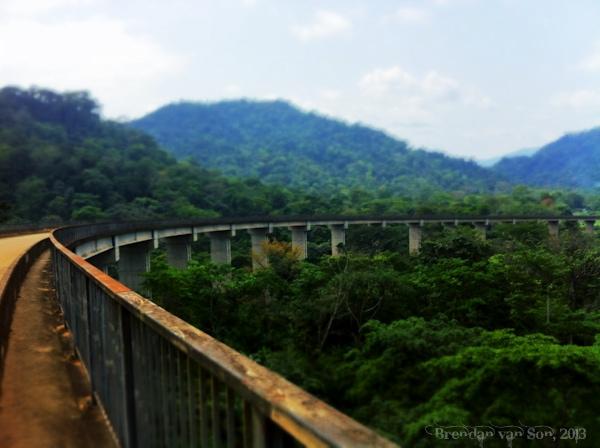 Cameroon Roads, bridge