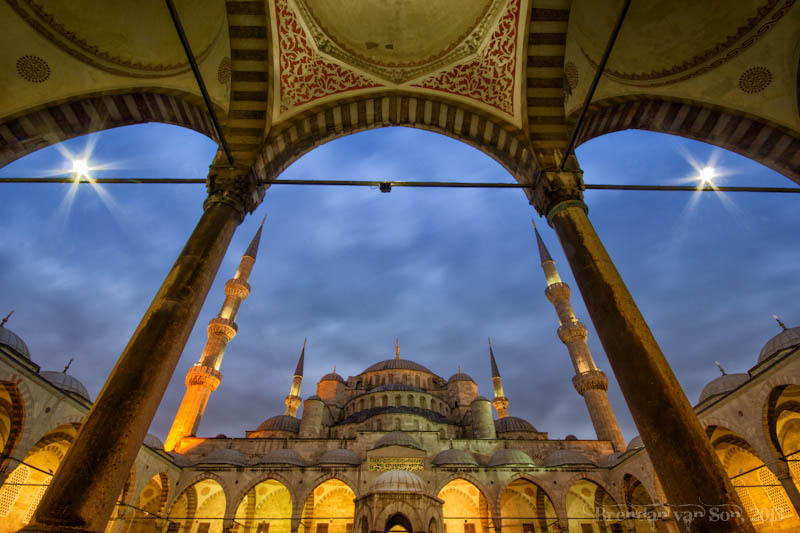 Courtyard Blue Mosque Istanbul