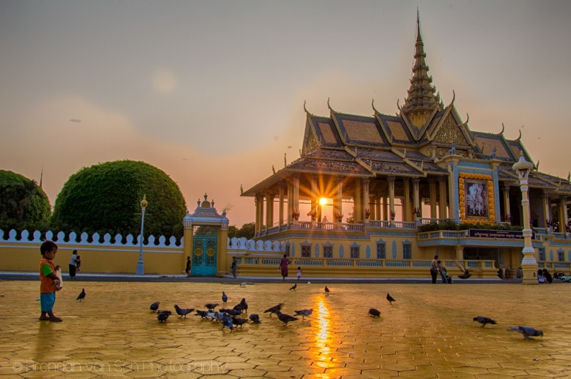 I know, I know, this is Phnom Penh, not Bangkok. But, I've still not arrived in Bangkok!