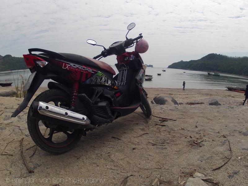 Catba, Vietnam, scooter