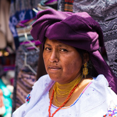 Shooting Portraits in the Otavalo Market
