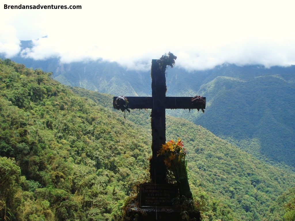 Death Road, Bolivia, grave, cross