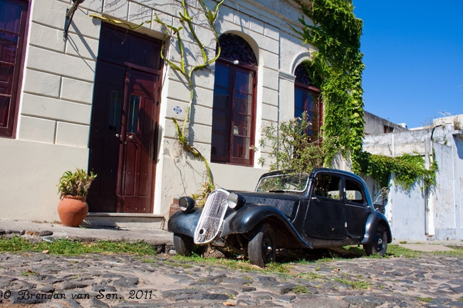 Colonia de Sacramento, Uruguay, house, car