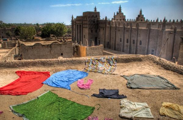 Laundry, Djenne, Mali