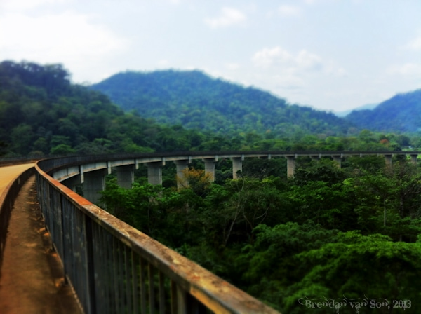 Cameroon Roads, bridge