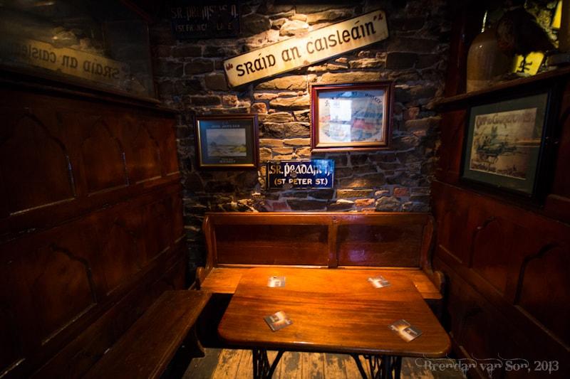 Limerick, Bar