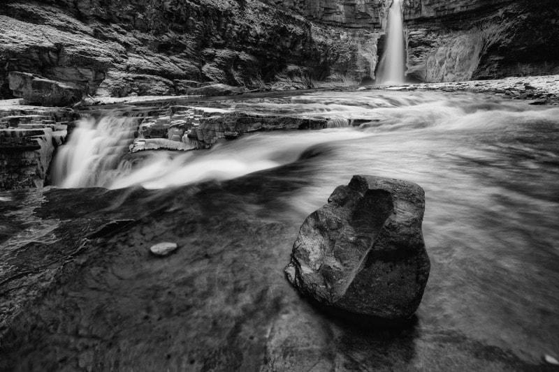 Crescent Falls, Canada
